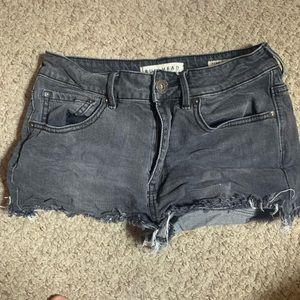 Bullhead High rise cut off shorts